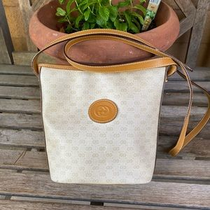 😍Vintage Small Coated Canvas Micro GG Gucci bag😍